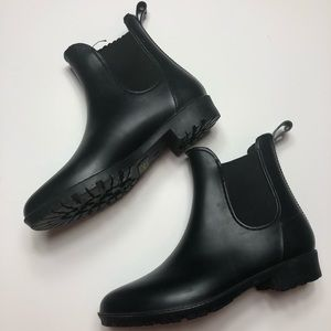 Black ankle boots 🖤